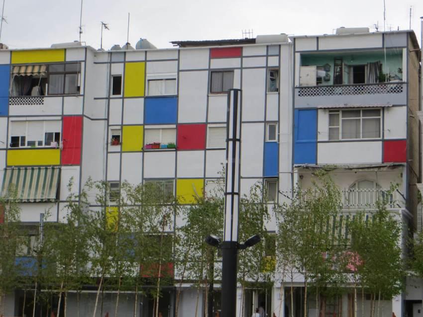 HZ-beschilderd-gebouw-3-tirana