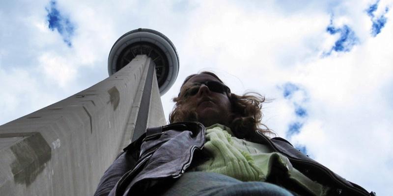 CN-Tower-selfie