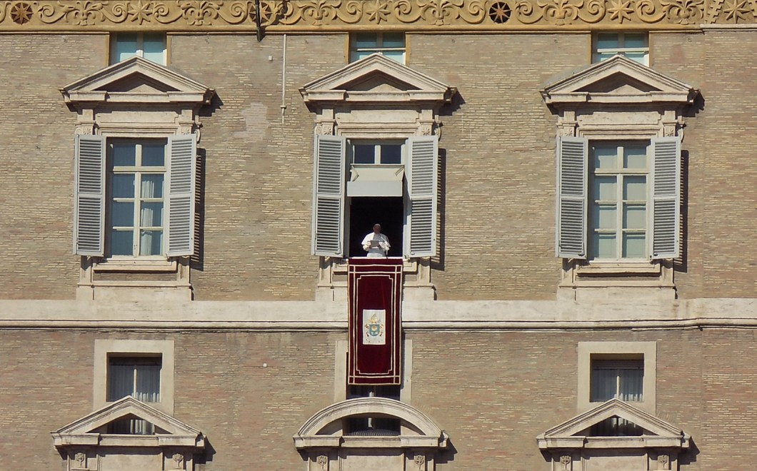 3 days in rome itinerary - the pope