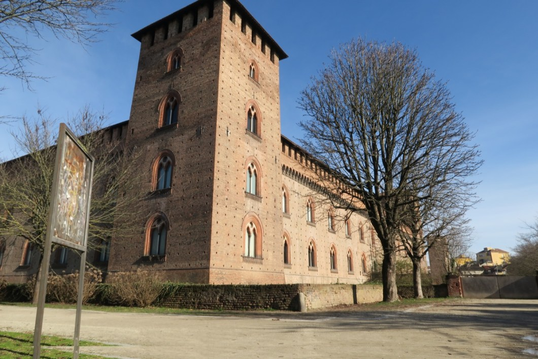 pavia-castle-tower