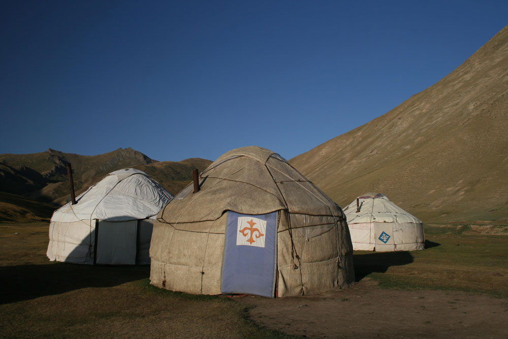 Tipps Kazakhstan Kyrgyzstan Tajikistan Yurts Tash Rabat Central Asia ASIA