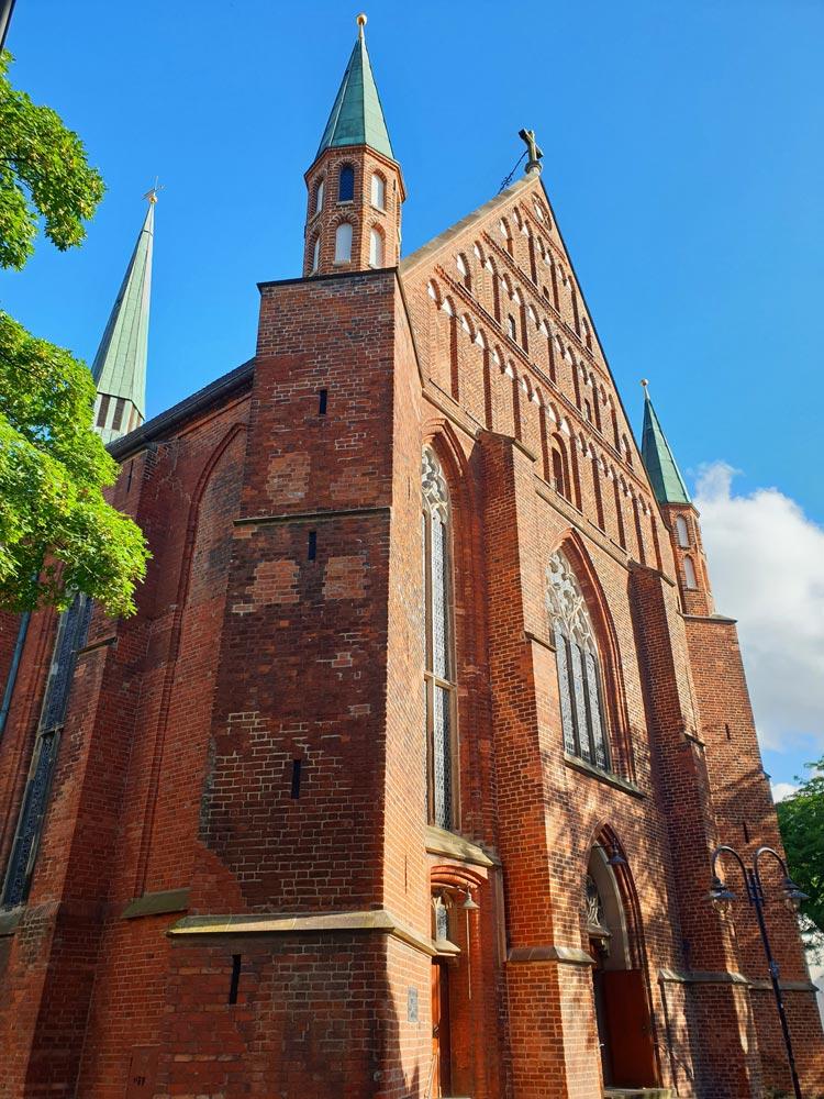 Die Probsteikirche St. Johann steht am Rande des Schnoorviertels in Bremen