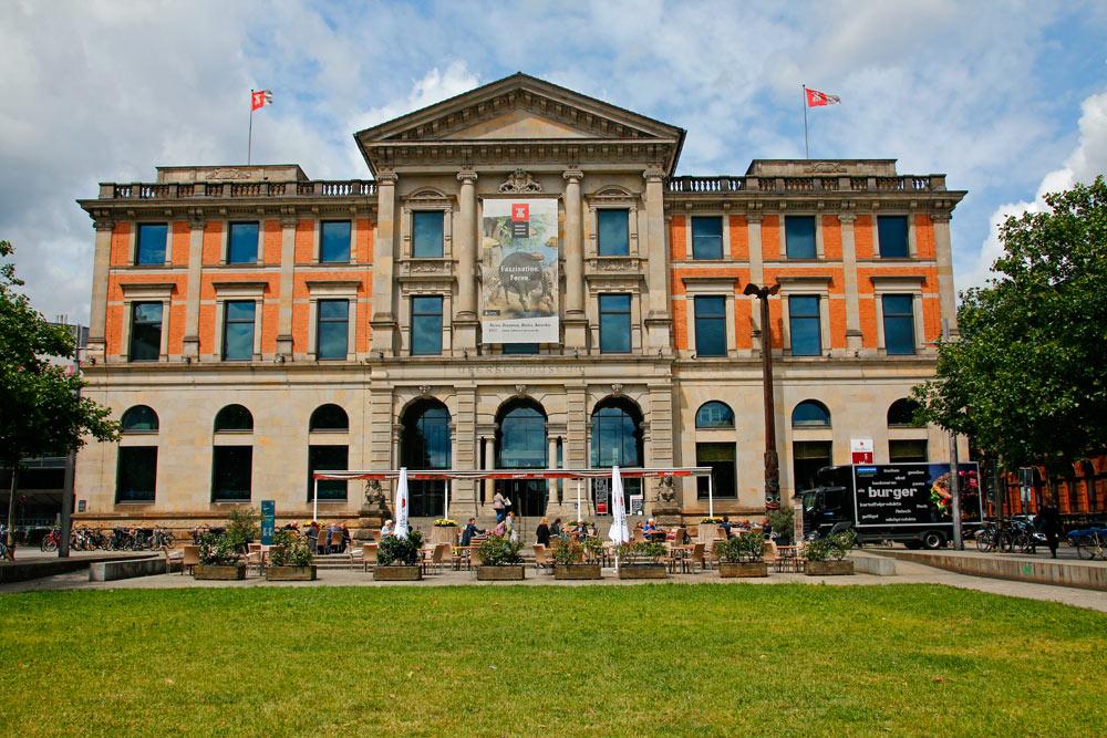 Das Übersee-Museum in Bremen ist eine der Top 10 Sehenswürdigkeiten der Stadt.