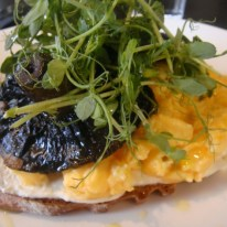jezebelle guildford perth breakfast jean-Pierre Sancho rye, grilled mushrooms, scrambled eggs & ricotta