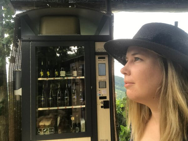 thinking-about-number-prosecco-bottles-to-drink-italy