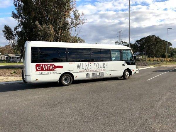 dvine-bus-at-maison-saint-honore-swan-valley
