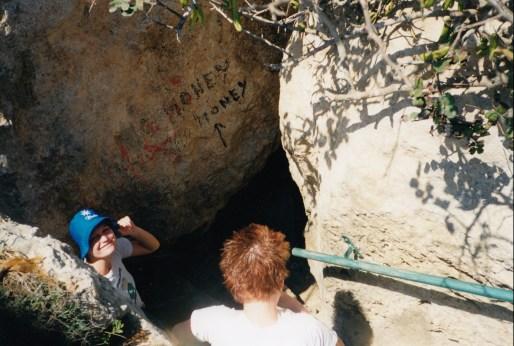 gozo-calypsos-cave.jpg