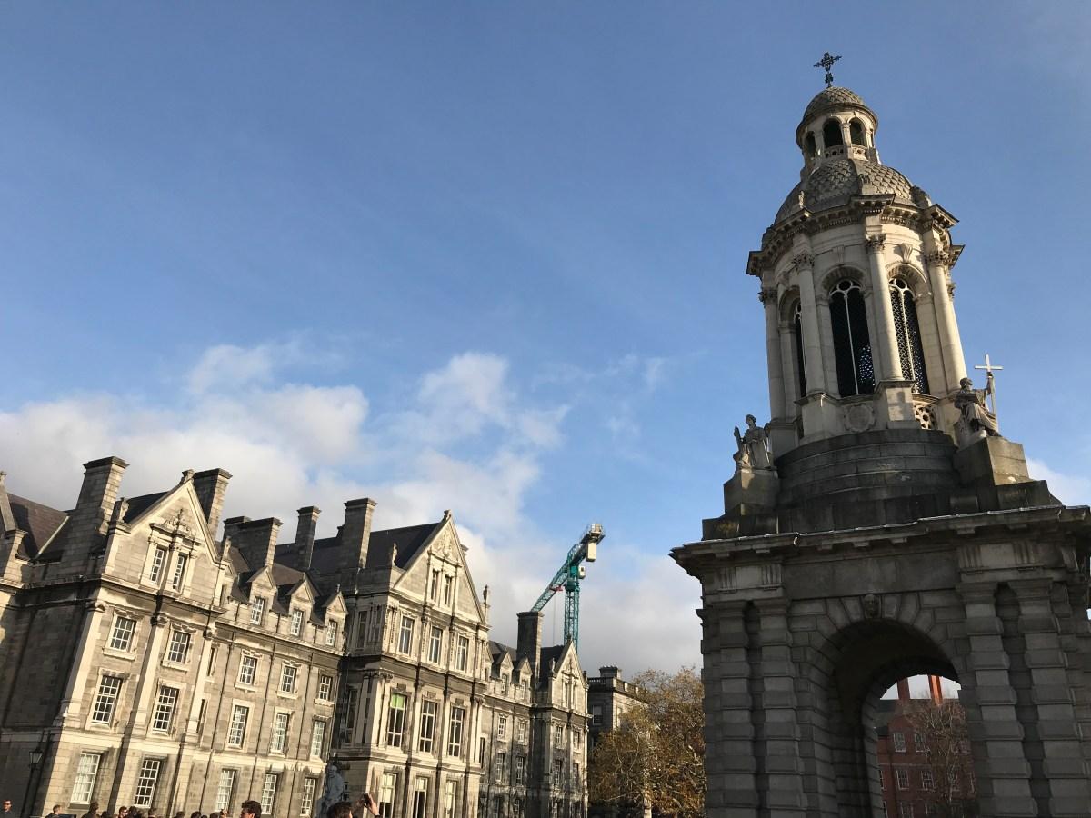 dublin trinity college (4).JPG