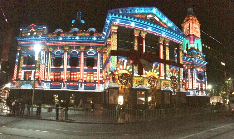 Melbourne up in lights for Christmas