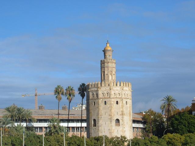 torre del oro 640