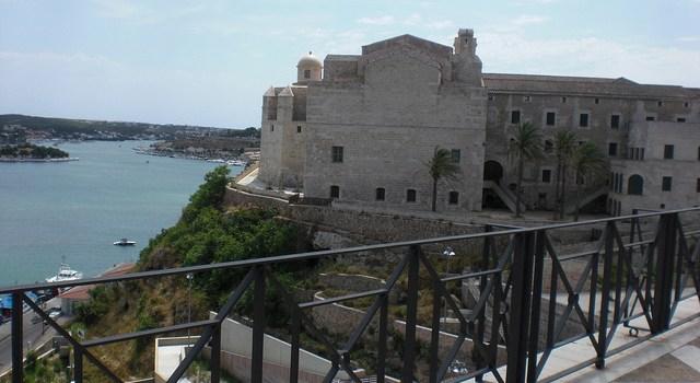 Menorca: 5000 historias contadas con los 5 sentidos