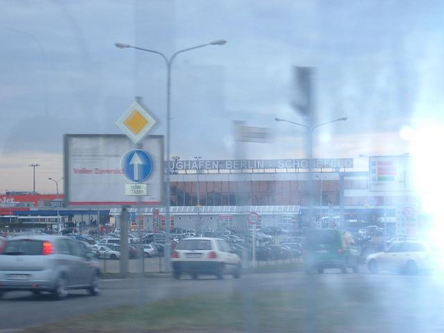 datos practicos aeropuerto berlin 640