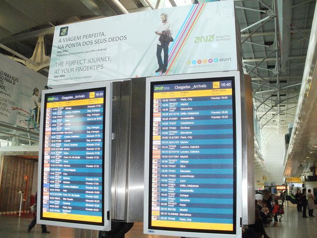 aeropuerto de lisboa 640