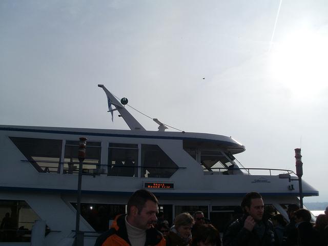 paseando-en-barco-por-el-lago-de-zurich