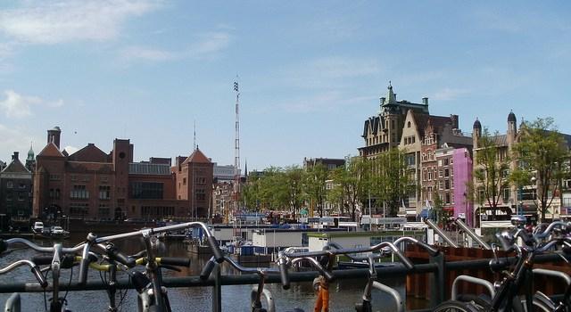 Información práctica del transporte público de Amsterdam