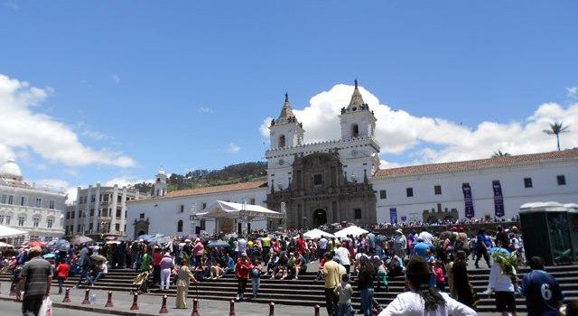 Juega este verano con nuestro Trivial del Viajero Quito Edition