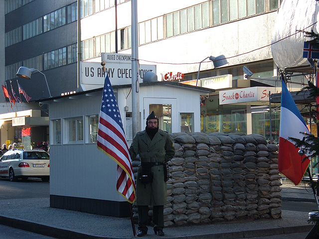 checkpointcharlie-1-640