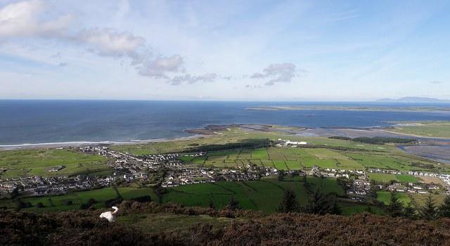 Queen Maeve Trail la mejor forma de disfrutar de las vistas de Knocknarea en el oeste de Irlanda