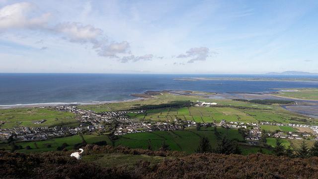 queen-maeve-trail-la-mejor-forma-de-disfrutar-de-las-vistas-de-knocknarea-en-el-oeste-de-irlanda