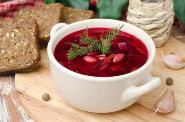 barszcz-czerwony-traditional-polish-food