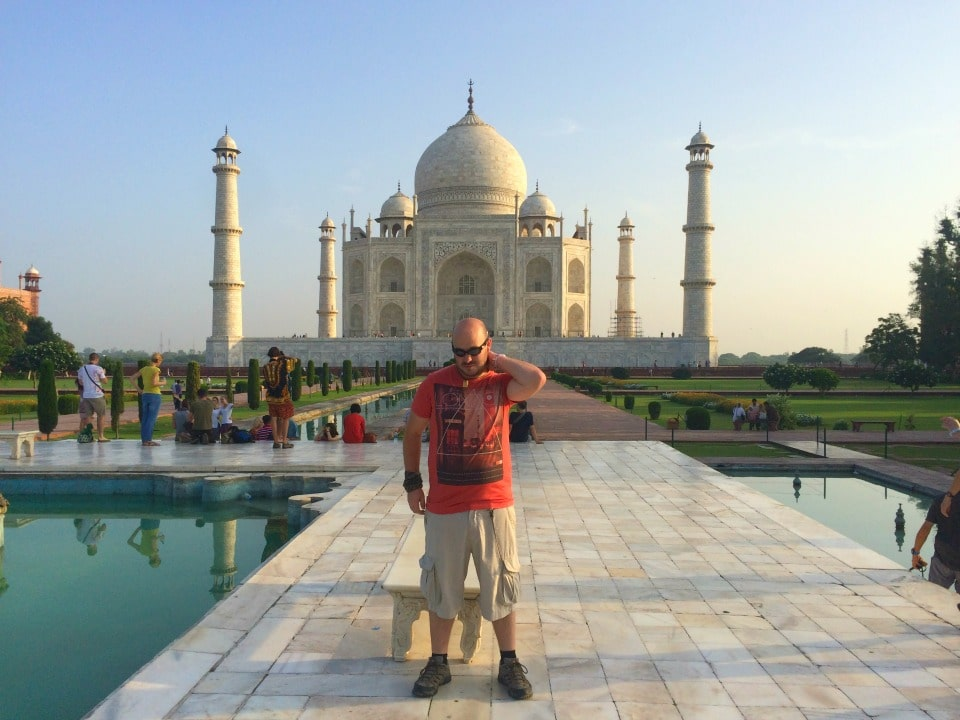 Taj Mahal scams in agra