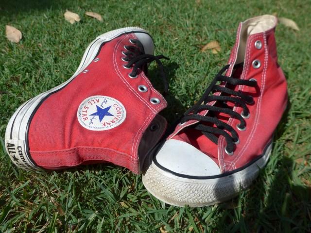 Gionny's shoes - Red kicks