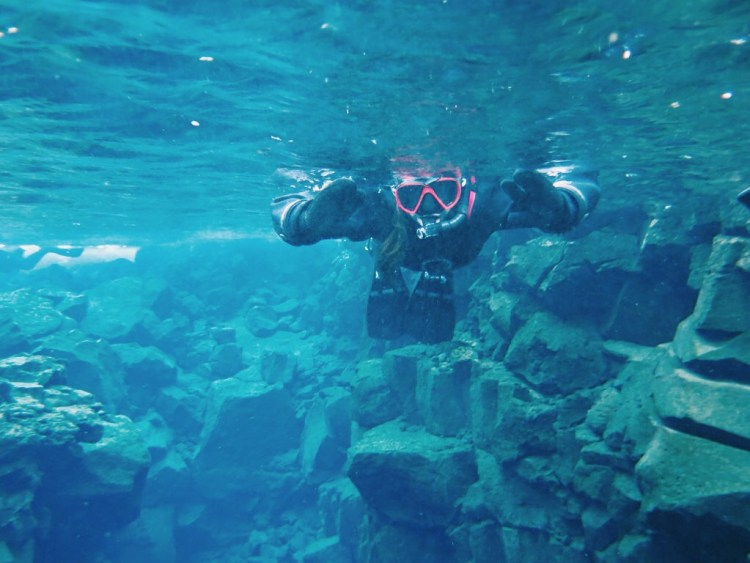 silfra-continental-fissure-snorkelling-reykjavik-iceland