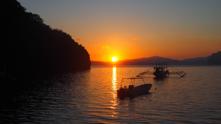 miniloc-el-nido-sunrise