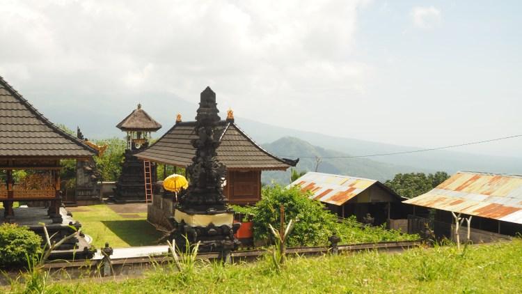 pura-lempuyang-bali-indonesia