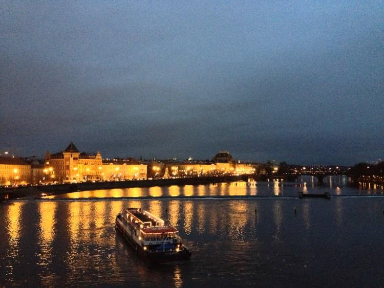 charles-bridge-prague-czech-republic