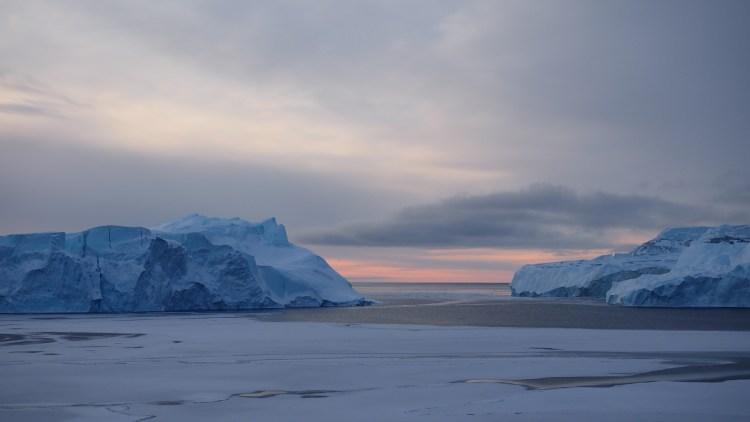 ilulissat-icefjorden-greenland-iceberg-icefjord