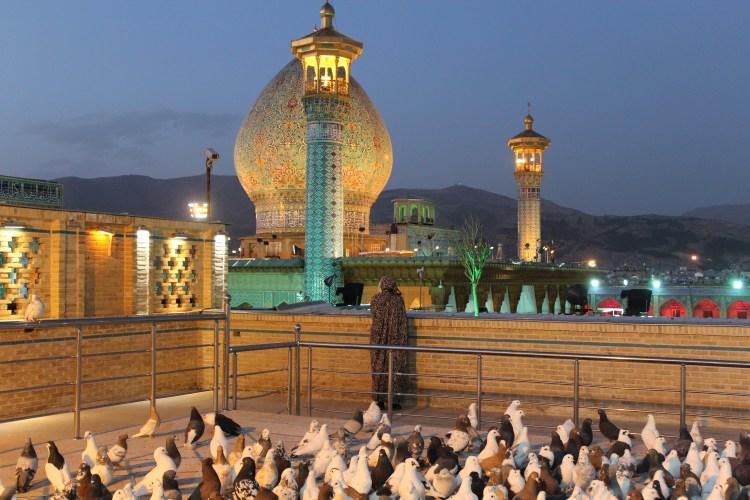 shah-cheragh-holy-shrine-shiraz-iran-travel-blog-solo-backpacking