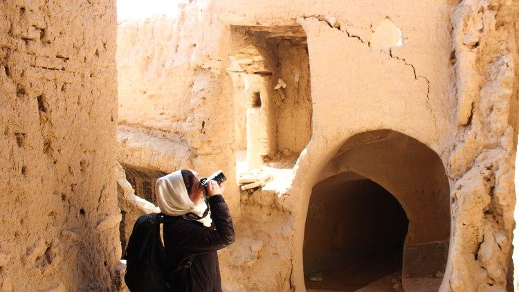 iran-travel-blog-kharanaq-desert-city-backpacking-yazd