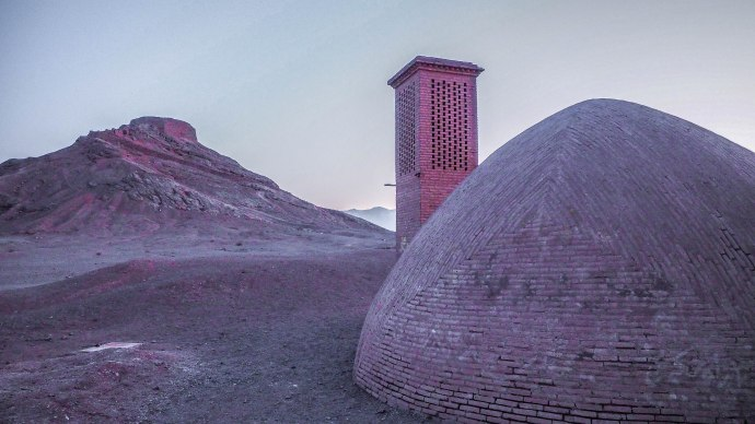 yazd-travel-blog-iran-solo-backpack-guide