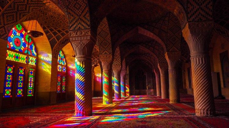 pink-mosque-iran-blog-travel-shiraz-nasir-ol-molk