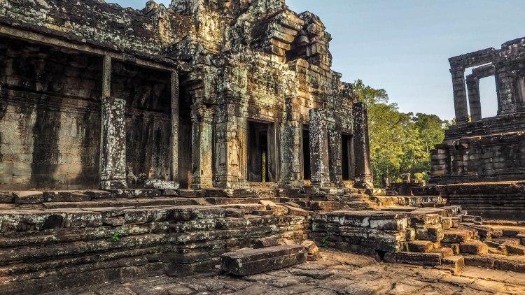 angkor-wat-travel-blog-small-circuit-siem-reap-cambodia-budget-solo-backpacking