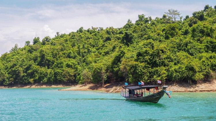 khao-sok-lake-thailand-travel-blog-solo-backpacking