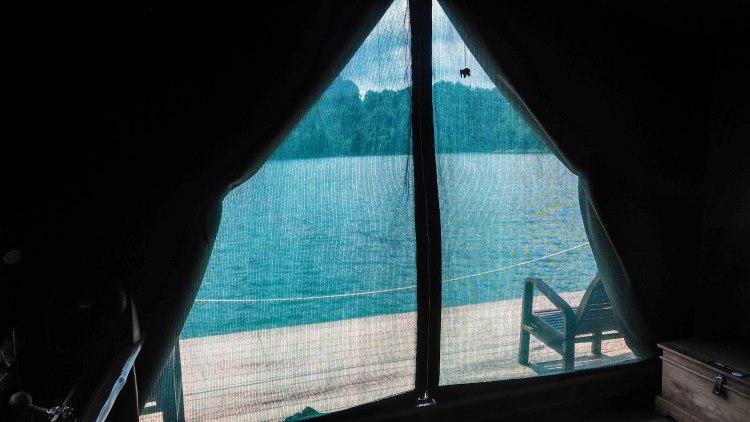 khao-sok-lake-thailand-travel-blog-solo-backpacking-elephant-hills-floating-village