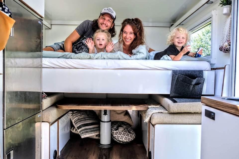tijdens corona reizen met je gezin, reizen met kinderen, europa met camper, wereldreis met kinderen