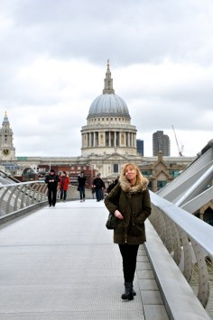 Millennium Bridge, St Pauls Cathedral and some unknown lady blocking my view...