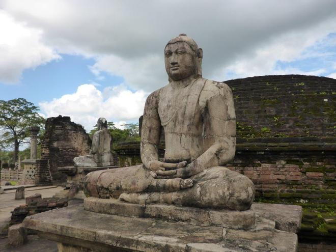 The Vatadage at the sacred Quadrangle in Polonnaruwa 3