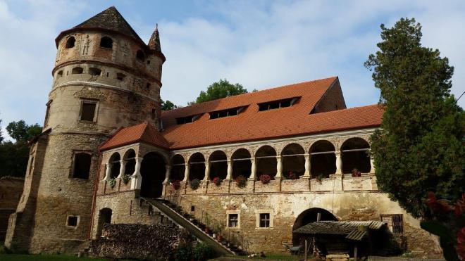 Bethlen castle in Cris