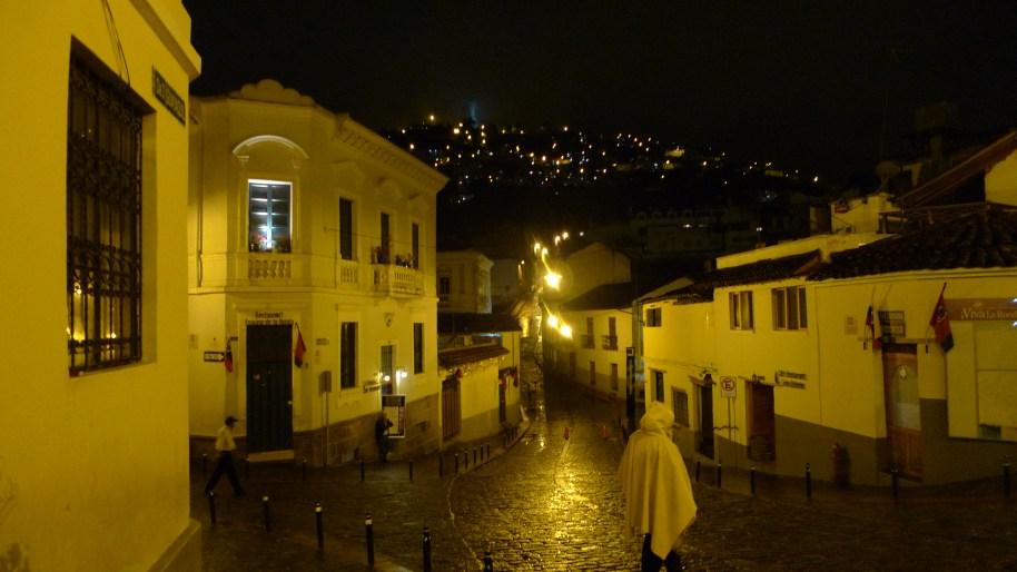 P1050308 Calle La Ronda at Night