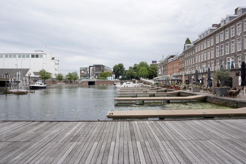 Het Bassin Sphinxkwartier Maastricht Nederland