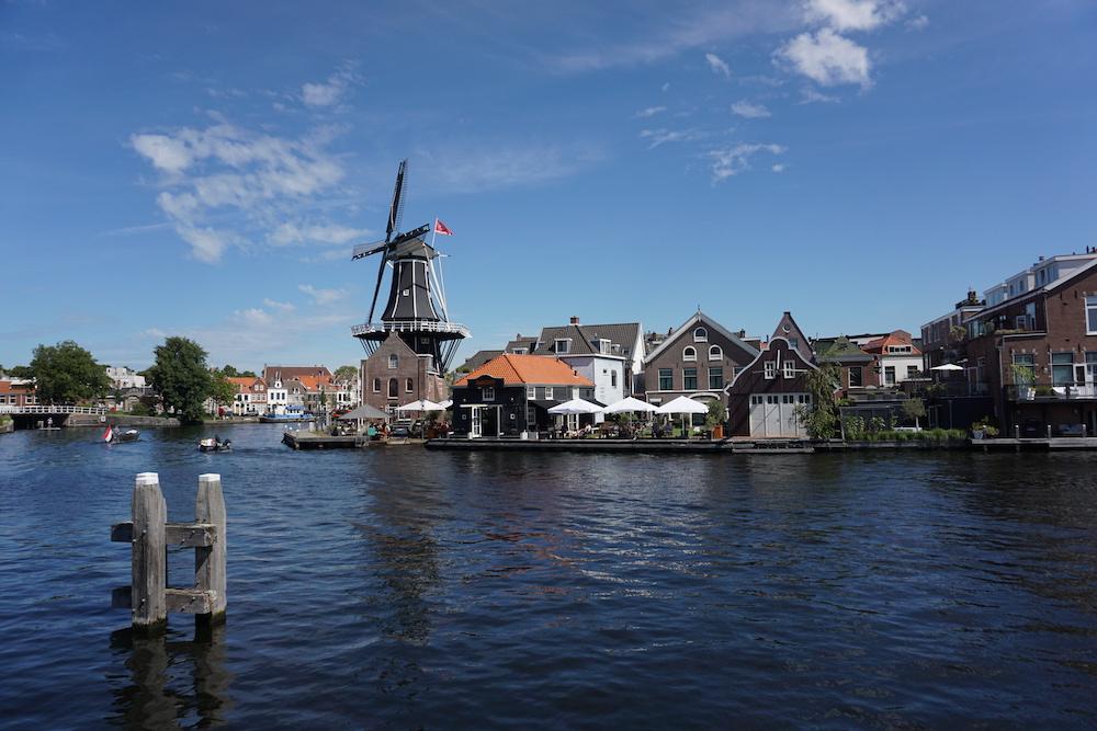 De leukste steden van Nederland: Molen de Adriaan Haarlem.