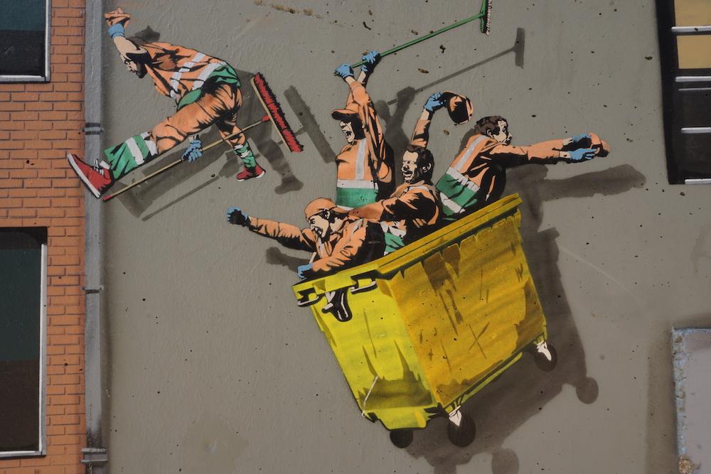 Street art in Belgie: The Crystal Ship in Oostende