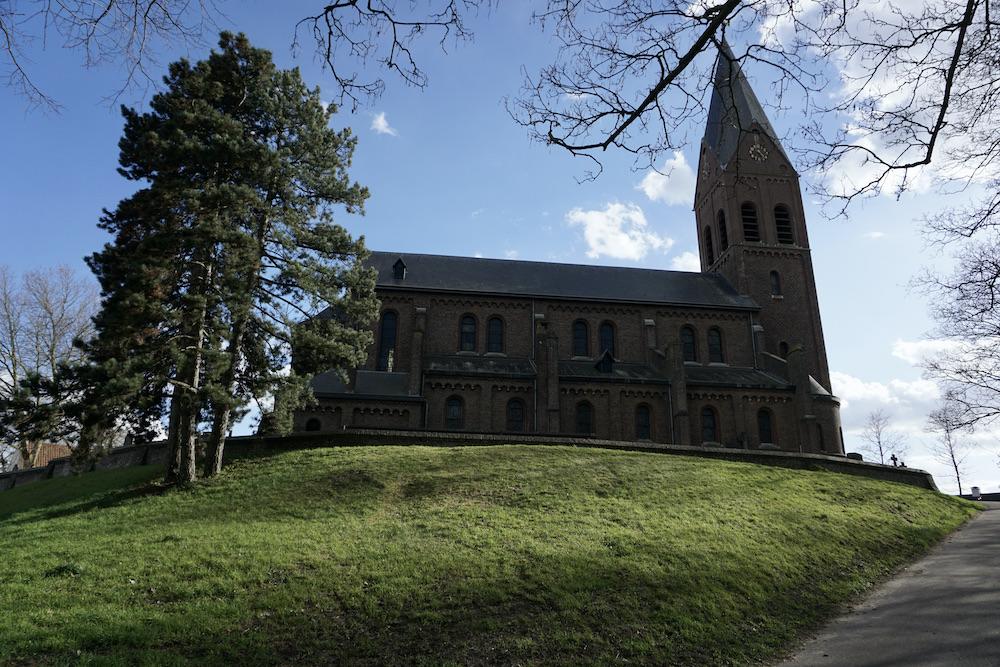 Elfstedentocht Limburg Sint-Martinuskerk Linne