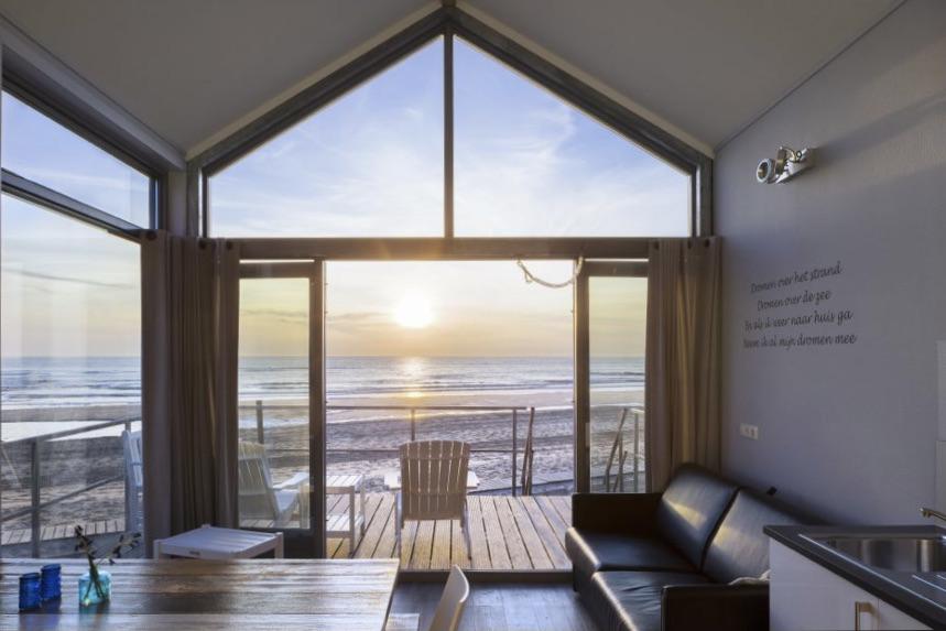 Strandhuisjes in Nederland Vakantiepark Strandhuisjes Julianadorp