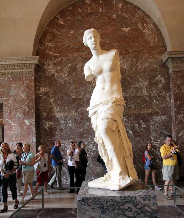 Louvre Top Things to See: Venus de Milo