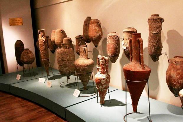Mediterranean Amphoras, age 2,500 - 3,000 years